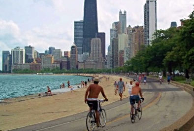 People riding down the chicago lakefront path