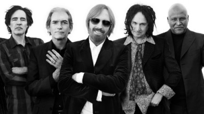 Chicago Guest House Walk to Concerts at Wrigley Field. Tom Petty on June 29th