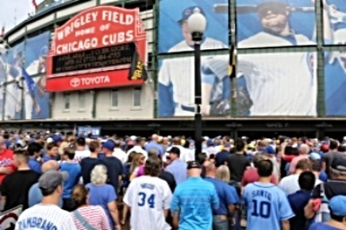 crowds at Wrigley Field Chicago