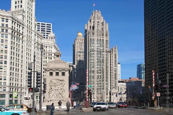 Wrigley Building at Michigan Avenue Bridge in Chicago