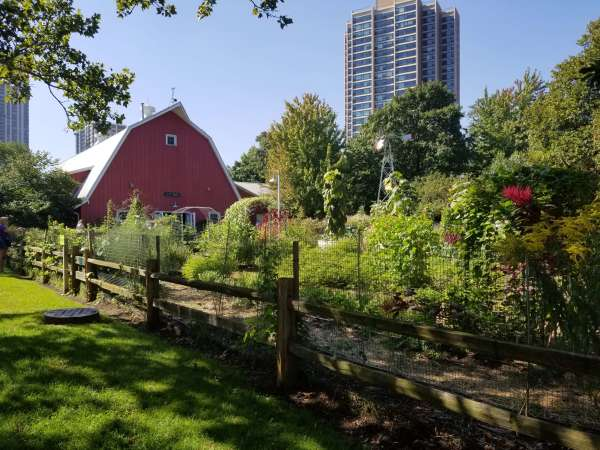 Lincoln Park Zoo red farm house
