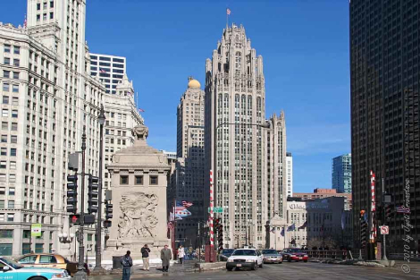 Wrigley Building at Michigan Avenue Bridge in Chicago