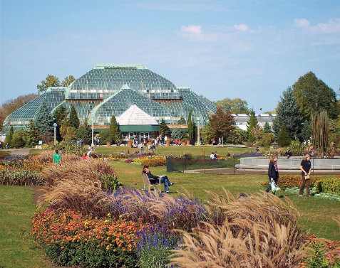 Lincoln Park Conservatory in Chicagao