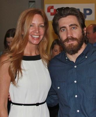 Jake Gyllenhaal, Victoria Schweizer