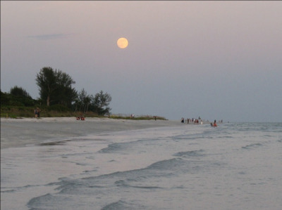 Moonrise at sunset. Very special.