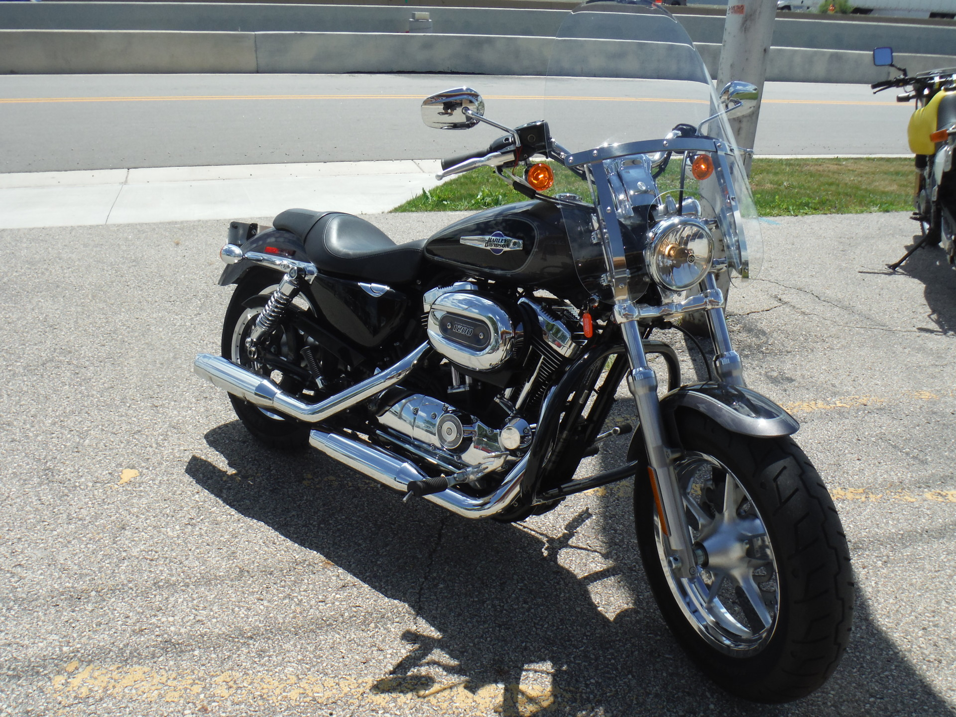 2014 Harley Davidson XL 1200 Custom