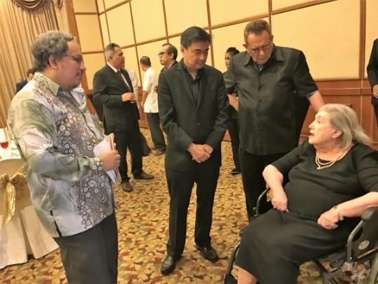Khun Abhisit Vejjajiva, MRP, Datuk Paddy Bowie, Paddy Schubert Consultants, Malaysia Regional Programme