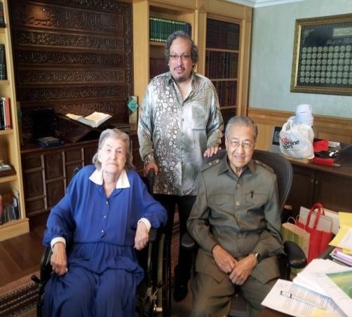 Tun Dr Mahathir Mohammad, Datuk Paddy Bowie, Paddy Schubert Consultants, Perdana Leadership