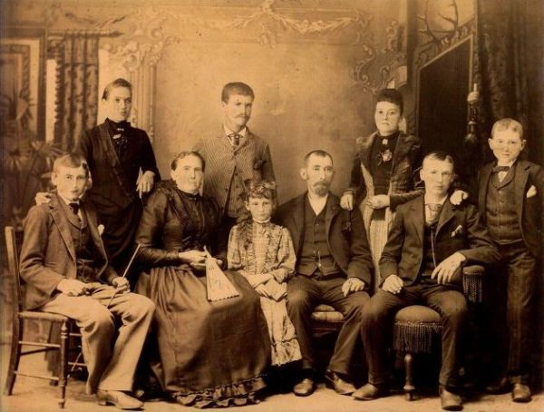 Genealogy Research Services