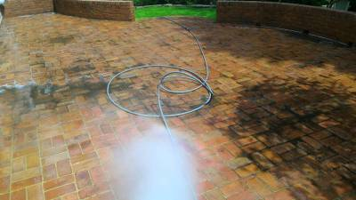 Patio Pavers Rinsing