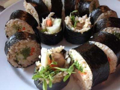 Sushi gạo lứt cho tín đồ ăn chay