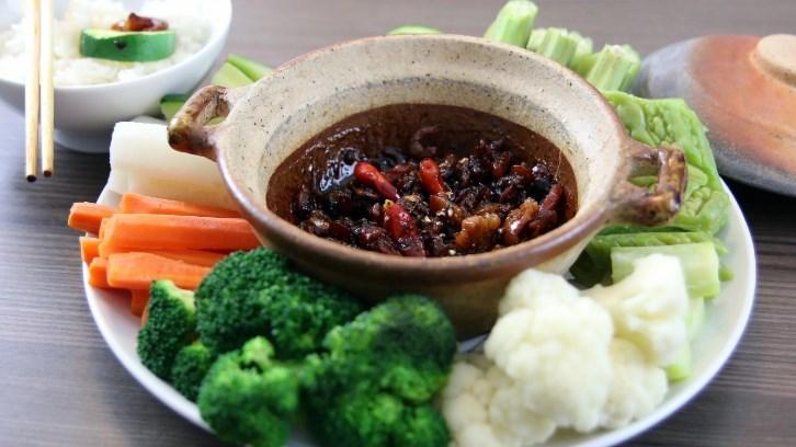 Công thức làm món chay kho quẹt chấm rau củ