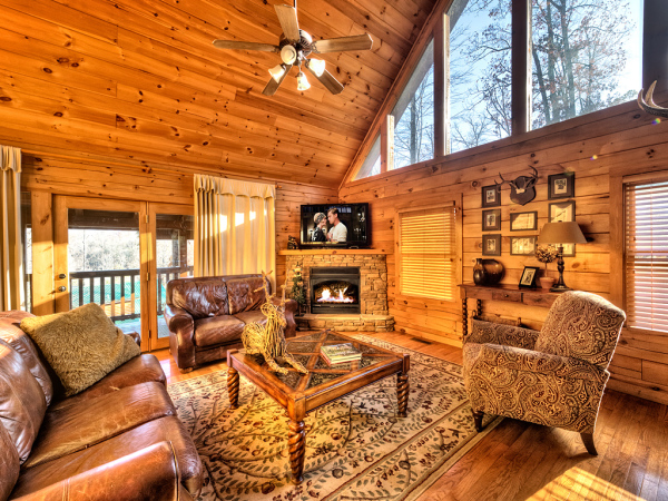 Black Bear Falls Cabin - Great Room