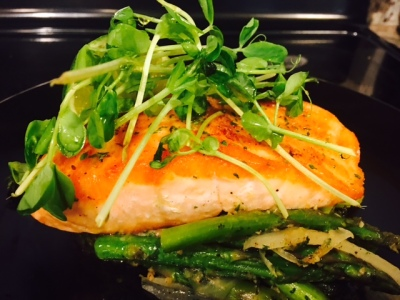 Perfectly Seared Seasoned Salmon with Grilled Asparagus