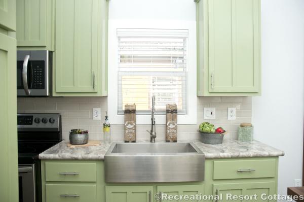 RRC-Elite Cottages-EC104 Kitchen sink