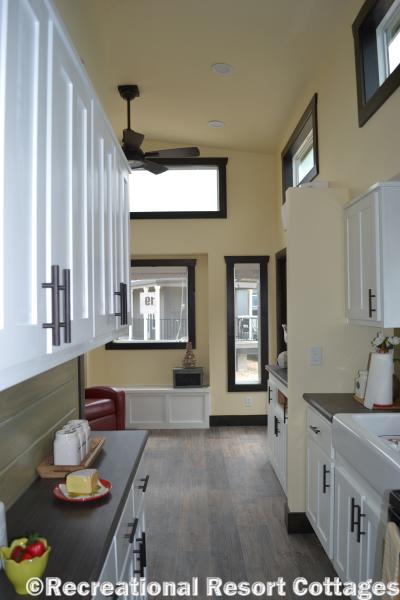 RRC-Elite Cottages-San JuanEC103 kitchen cabinets
