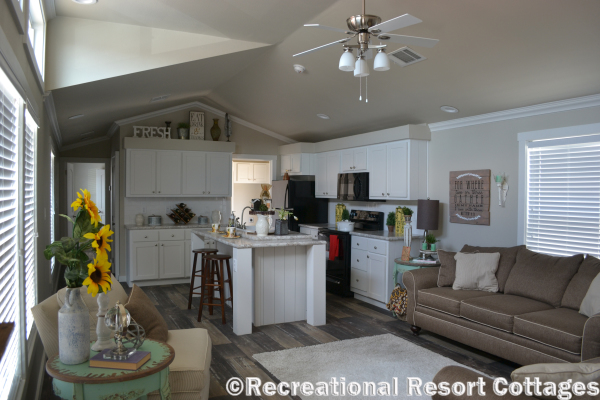 RRC- Platinum Cottages- The lampasas 646 living room