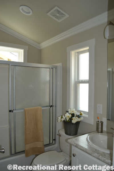 RRC- Platinum Cottages- The Lampasas 646 guest bathroom