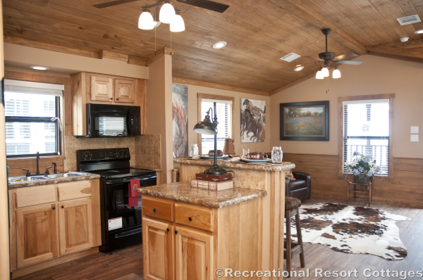 RRC-Platinum Cottages- SanSaba645FP interior view