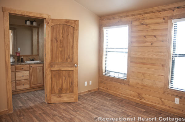 RRC- Platinum Cottages- SanSaba645FP master bedroom