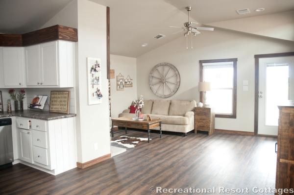 RRC- Platinum Cottages- Del Rio 963FD Living Room