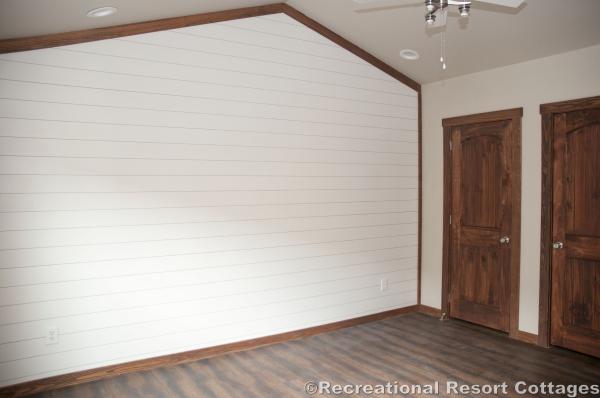 RRC- Platinum Cottages- Del Rio 963FD bedroom