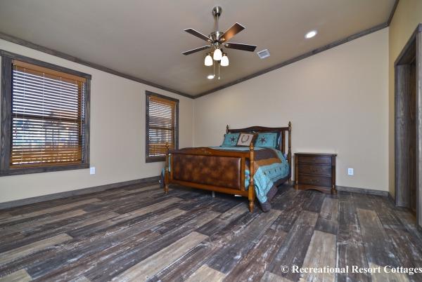 RRC-Platinum Cottages- 860Prow Master Bedroom