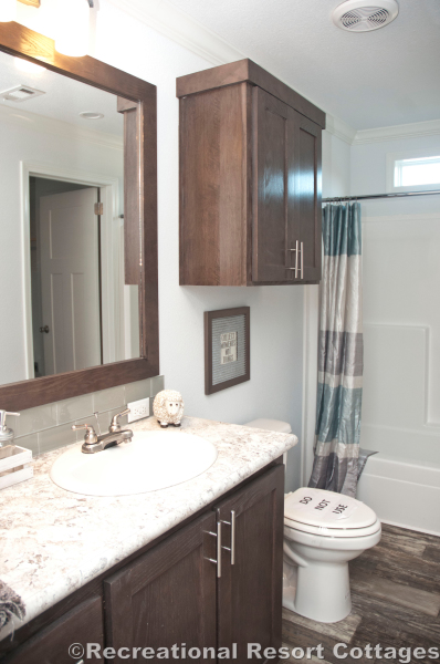RRC- Athens Park Homes- Classic3256I guest bathroom