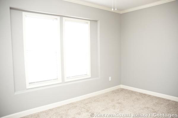 RRC- Sunshine- HYB3264-217 guest bedroom