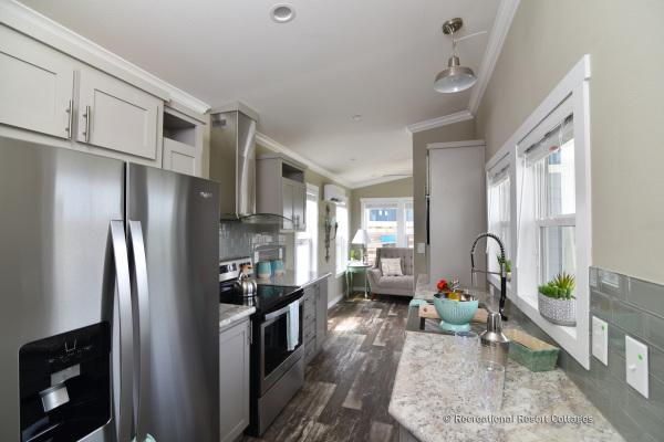 RRC-AthensParkHomes-520MS kitchen appliances