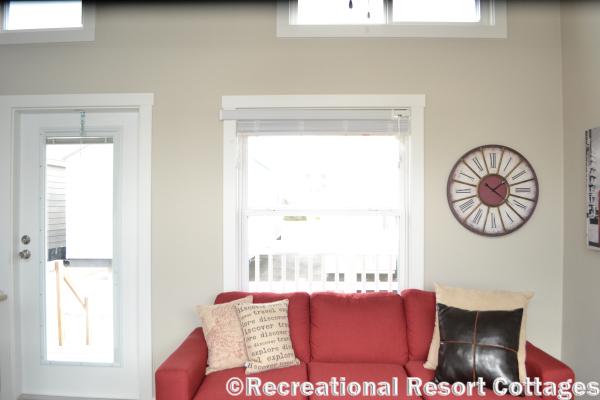 RRC- Platinum Cottages 528FPSP Meadowview living room