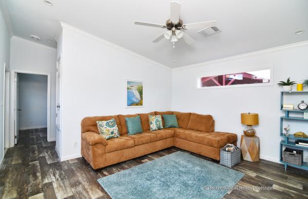 RRC-AthensParkHomes-1666MS living room