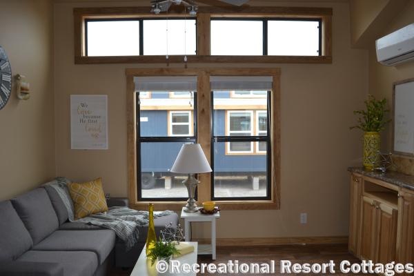 RRC-PlatinumCottages-577 Premier living room