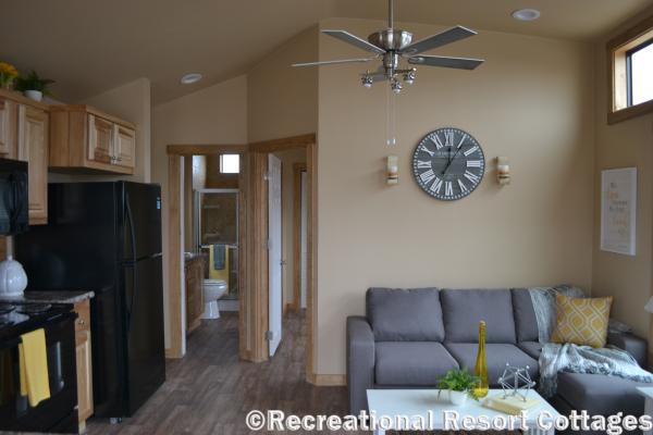 RRC-PlatinumCottages-577 Premier living room and kitchen