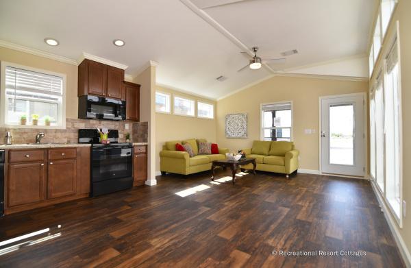 RRC-MiniMansionTwoBedroom-Belfast Living room and Kitchen