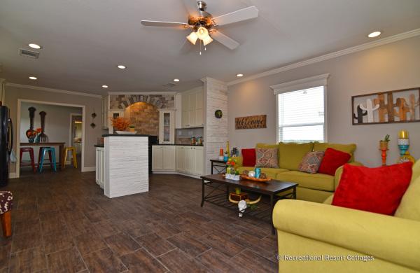 RRC-OakCreekHomes-J78R Living Room
