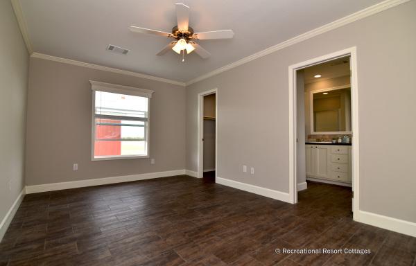 RRC-OakCreekHomes-J78R master bedroom