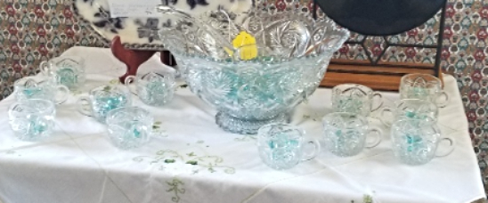 Punch Bowl Imperial 14pc