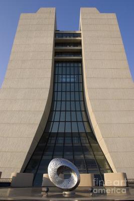 Wilson Hall, Fermilab