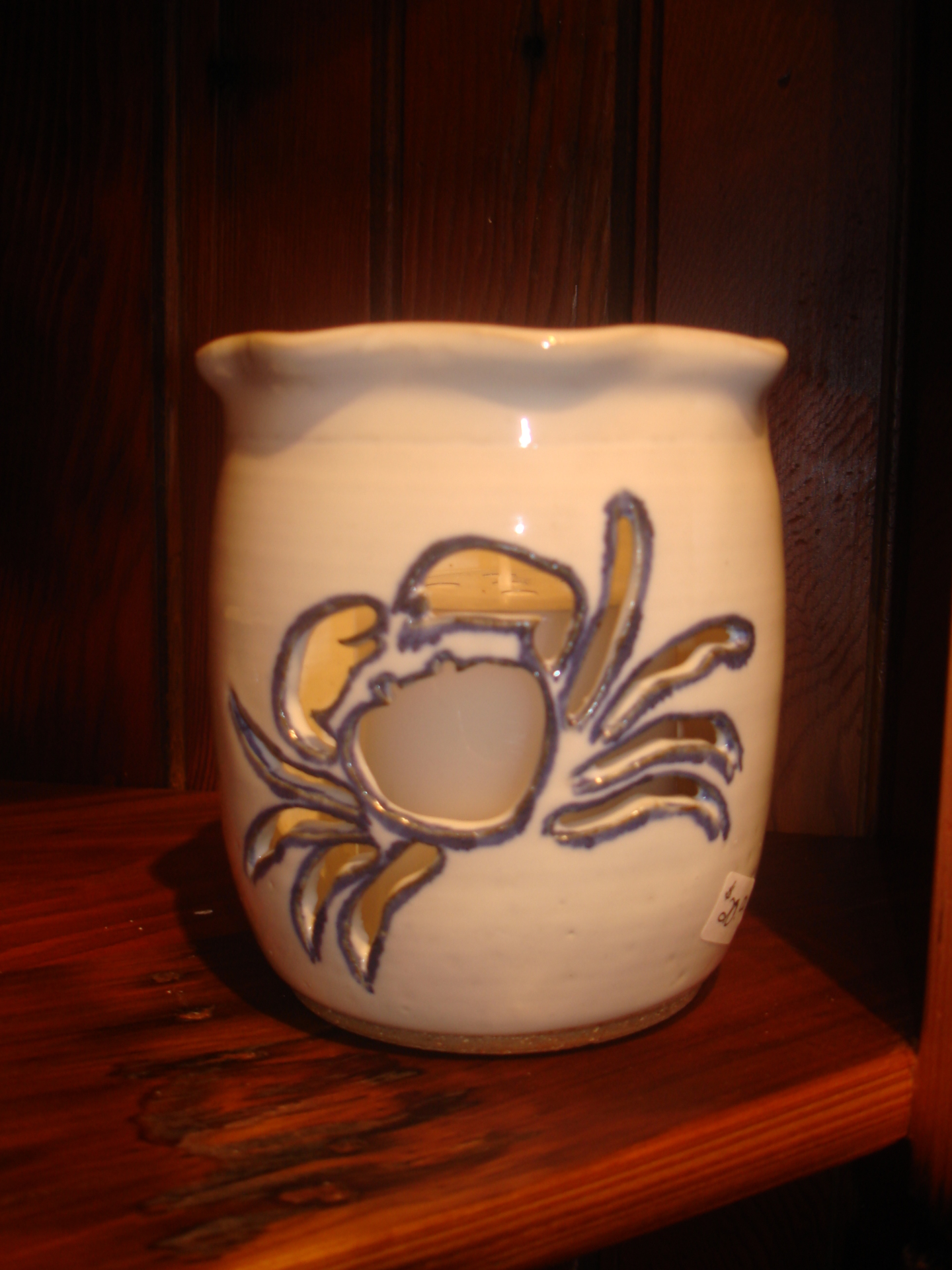 Crab cut-out candle holder