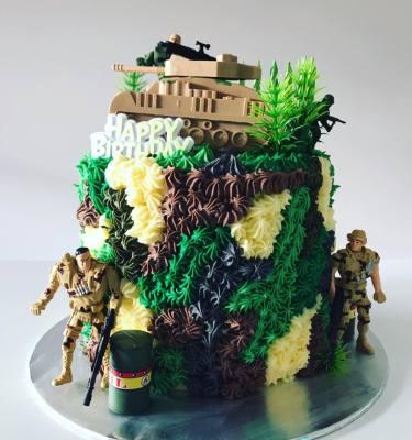 Kids Army Cake