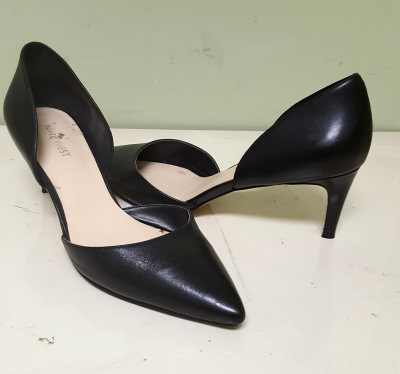 Women's Black Heel Shoe Repair