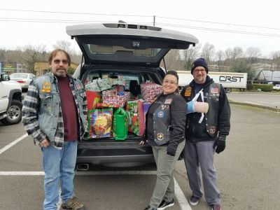 rLighthouse Family Ministries getting food and supplies for families in need