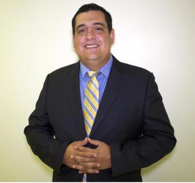 Dr. Esteban Urzola, Implant Specialist