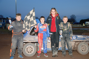 Carter shines at Belle Vue on Easter Monday!