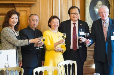 英国川商联合总会成立酒会