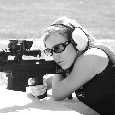women, girls, babes, models, model, guns, gun, firearms, rifle, pistol, shotguns
