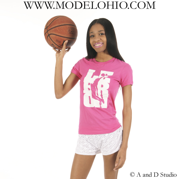 Female teenage model Cleveland Ohio school agency modeling mentor