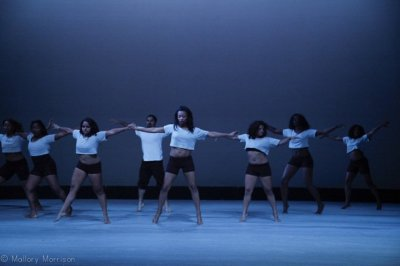 croptop, black shorts, short, grey, balance, equilibrium, fluidly, genres, essential, men, women, man, woman, point, barres, barre, focus, ballet, modern, choreography, lyrical, choreograph, floor, lighting, stage