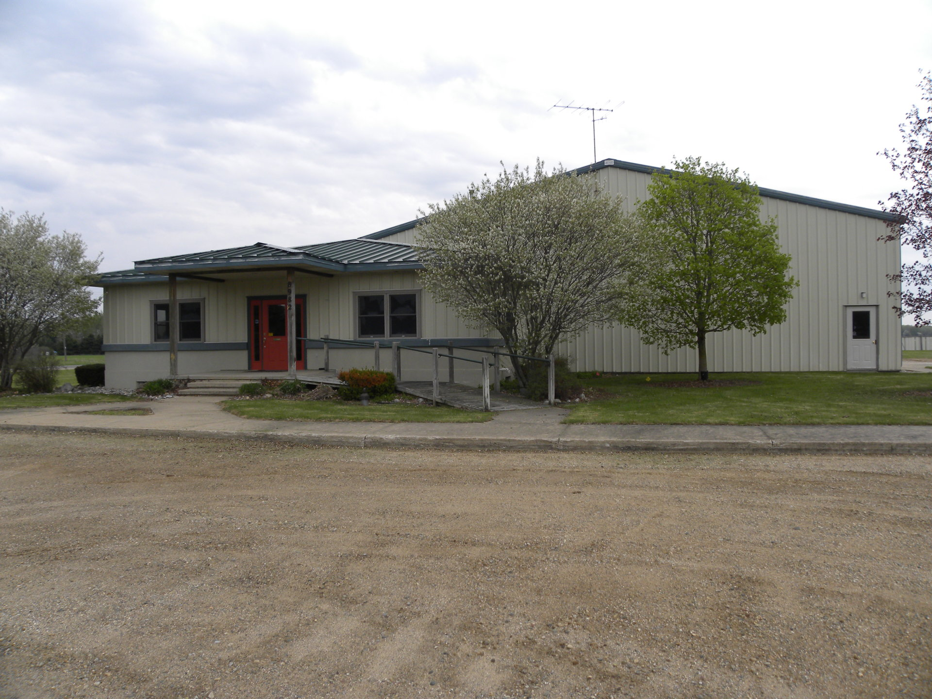 Free Standing Mecosta Office/Warehouse